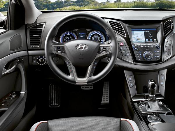 Hyundai i40 completo