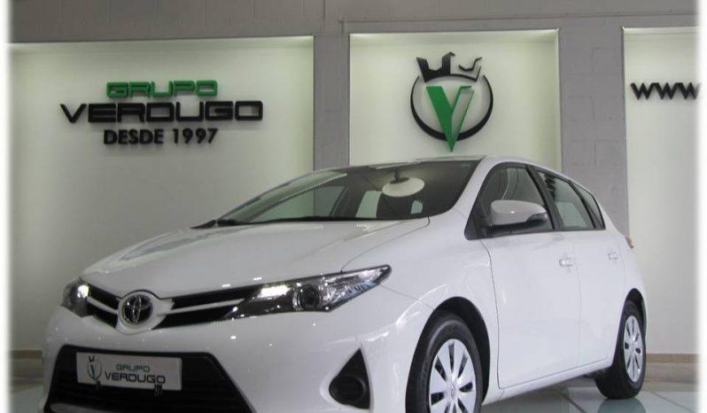 Toyota auris 1.4 d4d completo