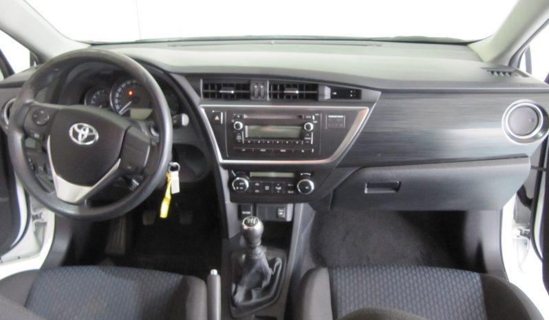 Toyota auris 1.4diesel completo